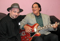 MATTHEW AND LOUISIANA RED BACKSTAGE BEFORE THEIR RESPECTIVE PERFORMANCES AT THE FIRST EVER AULNAY ALL BLUES FESTIVAL. (NOVEMBER 2007)
