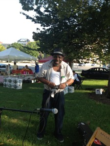 Lurrie Bell setting up for the Organic Boogie!